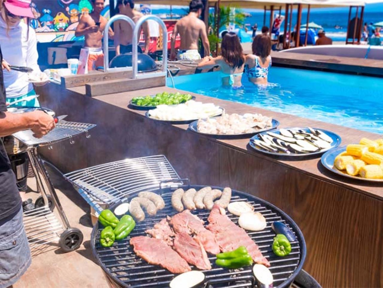 湘南江の島海岸海の家ちょっとヨットビーチハウス江ノ島BBQ(バーベキュー)コート by SHO's Bar