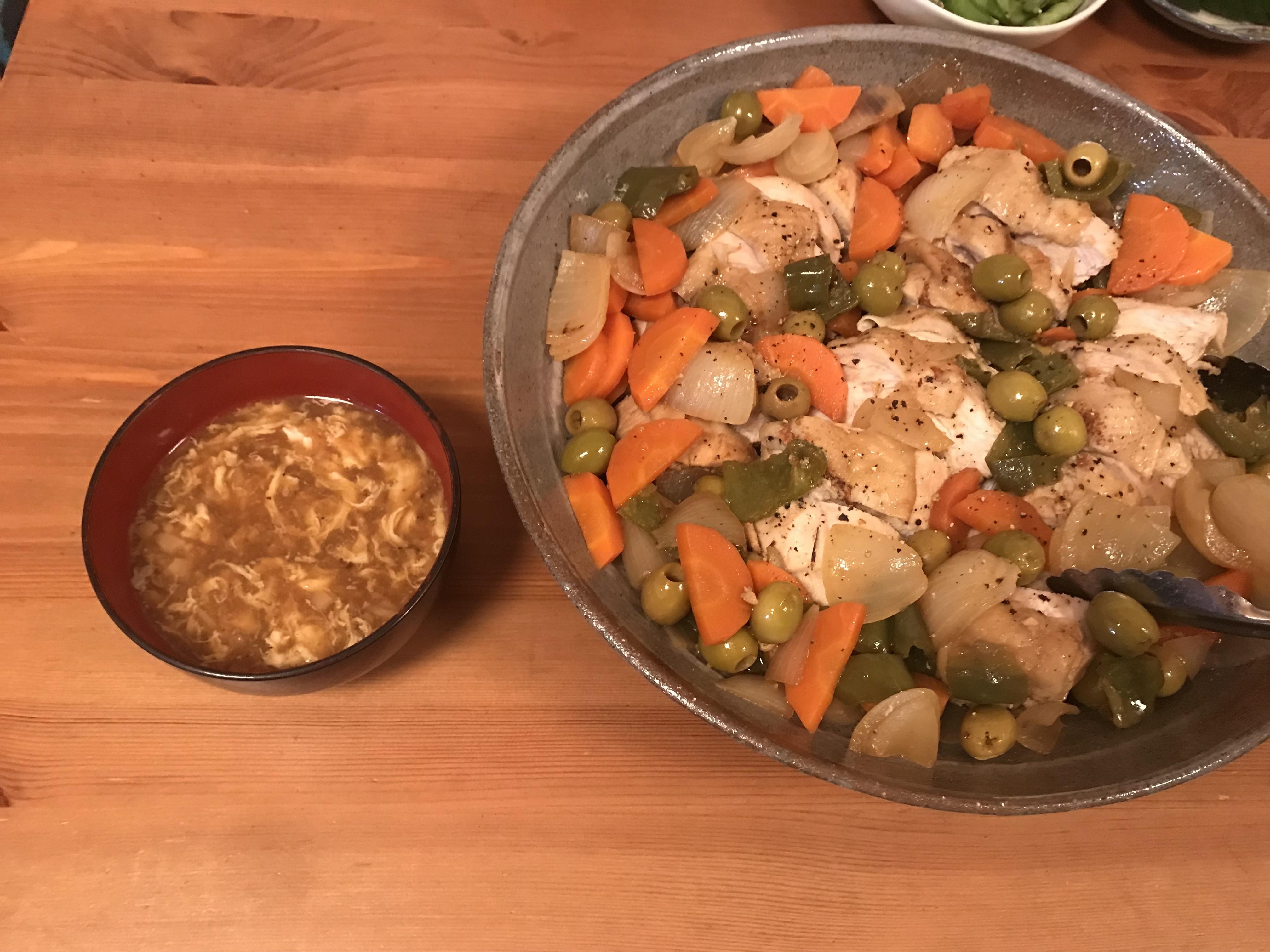 ダッチオーブン1個で、一気に2品作れる! 【チキンのハニーマスタード煮&卵スープ】