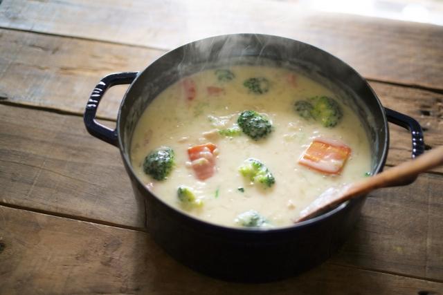 BBQでつくりたい!シチューの簡単&野菜たっぷりレシピ4選