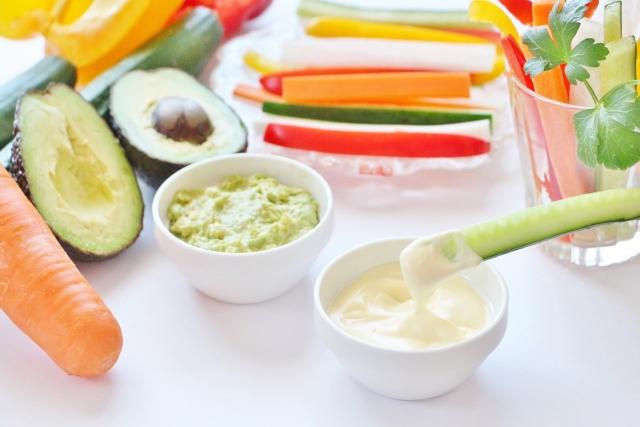 BBQにぴったりの野菜スティック♪テイストの異なるディップソースレシピを紹介!